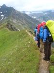 Альпийская тропа к хижине Нидерзаксенхаус в Высоком Тауэрне